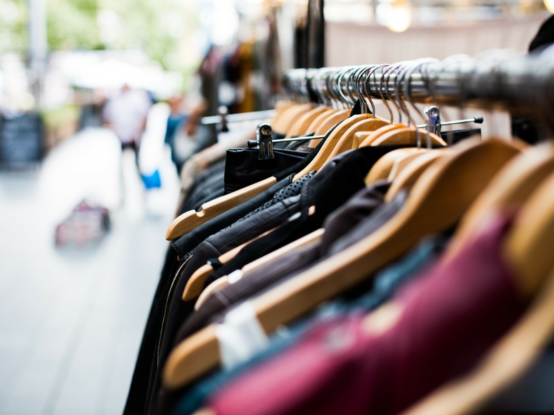 Consejos-para-las-rebajas-blogger-compras-moda-fashion-influencer-palma-mallorca (3) Photo by Artificial Photography on Unsplash